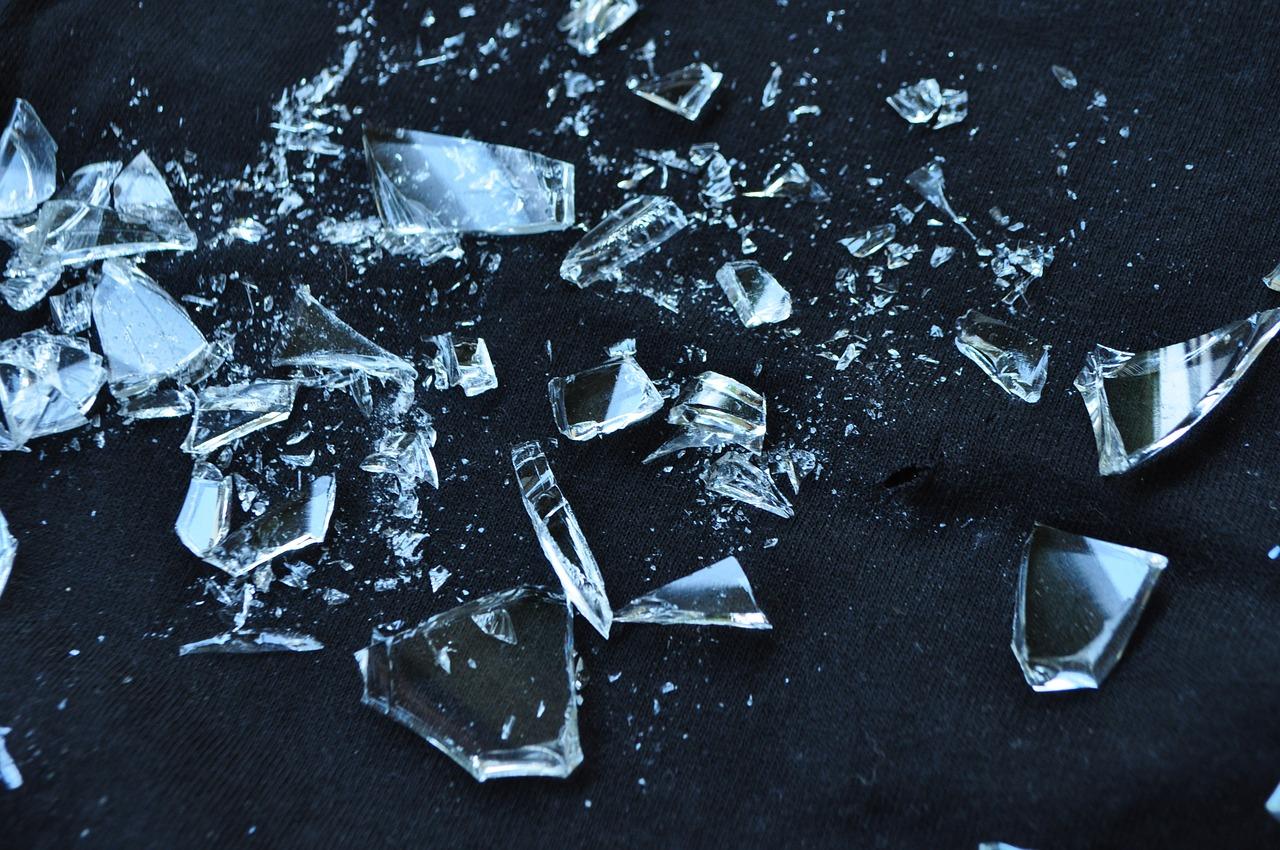 Ako recyklovať/triediť sklenené črepy