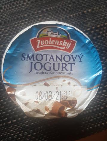 Ako recyklovať/triediť zvolenský smotanový jogurt stracciatella